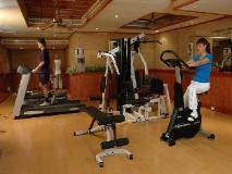 York International Hotel: fitness room