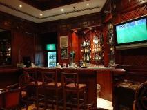 York International Hotel: nightclub