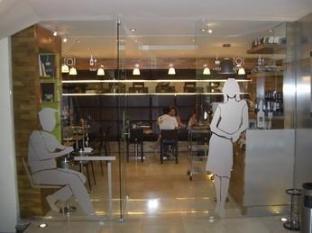 Polis Grand Hotel Athen - Eingang