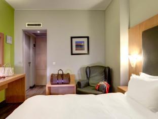 Polis Grand Hotel Athen - Gästezimmer