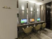 The Cloud Hotel: business center