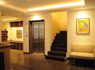 Ixora Suites
