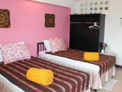 Nat Guesthouse | Chiang Mai Hotel Discounts Thailand