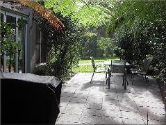 Australia Hotel Booking | Sea Eagle Manor Resort