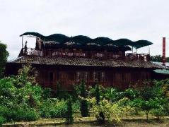 Little Samkar Lodge | Cheap Hotels in Inle Lake Myanmar