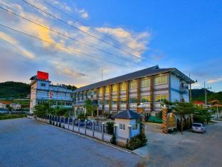 /the-phoenix-hotel/hotel/tachileik-mm.html?asq=jGXBHFvRg5Z51Emf%2fbXG4w%3d%3d