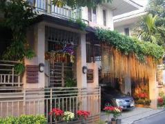Thai Style Homestay | Cheap Hotel in Bangkok Thailand
