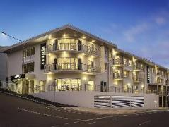 Australia Hotel Booking | Quest Townsville on Eyre Apartment