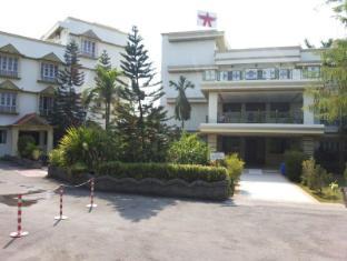 Amidhara Avezika Resort