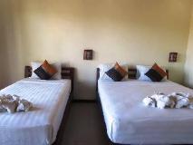 Sengahloune Villa: guest room