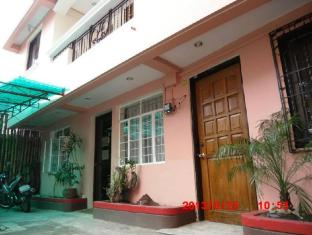 /eleanors-bed-and-breakfast/hotel/naga-city-ph.html?asq=jGXBHFvRg5Z51Emf%2fbXG4w%3d%3d