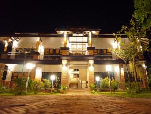 /above-the-sea-boutique-guesthouse/hotel/mae-hong-son-th.html?asq=jGXBHFvRg5Z51Emf%2fbXG4w%3d%3d