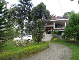 Arthayasa Guest House