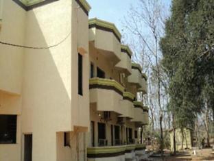 /tadoba-tiger-resort/hotel/chandrapur-in.html?asq=jGXBHFvRg5Z51Emf%2fbXG4w%3d%3d