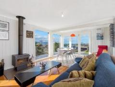 Elanora Holiday House | Cheap Hotels in Great Ocean Road - Apollo Bay Australia