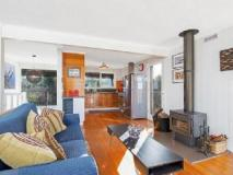 Elanora Holiday House: interior