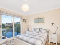 Elanora Holiday House: guest room
