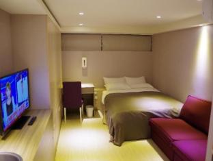 169 Xining Hostel