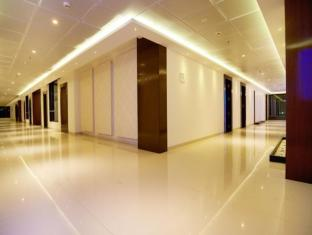 /hotel-g-square-shirdi/hotel/shirdi-in.html?asq=jGXBHFvRg5Z51Emf%2fbXG4w%3d%3d
