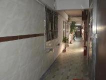 Xing Xing Hostel: entrance