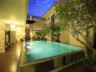 峇里島日落別墅