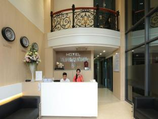 /vi-vn/hung-cuong-hotel/hotel/chau-doc-an-giang-vn.html?asq=jGXBHFvRg5Z51Emf%2fbXG4w%3d%3d