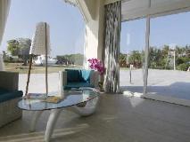 Happy Town Resort: interior