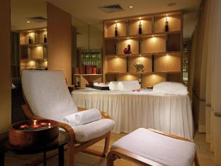 Royal Park Hotel Hong Kong - Massage Room