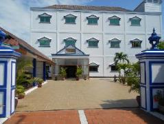 EOS Oceanfront Hotel   Cheap Hotels in Sihanoukville Cambodia