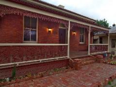 Villa Paradiso | Australia Hotels Castlemaine