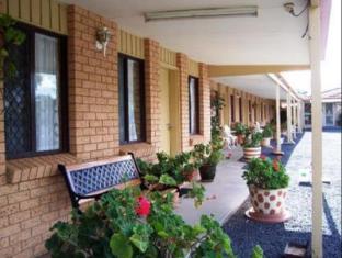/three-ways-motel/hotel/gilgandra-au.html?asq=jGXBHFvRg5Z51Emf%2fbXG4w%3d%3d
