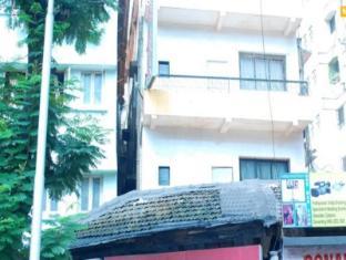 Hotel New India