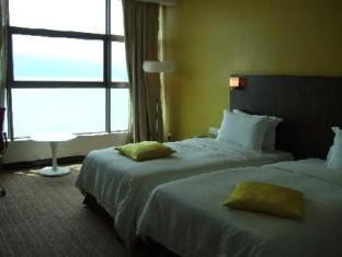 Imperial International Hotel Kota Kinabalu - Standard Superior