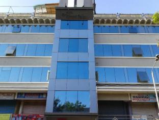 /hotel-vibrant-residency/hotel/ahmedabad-in.html?asq=jGXBHFvRg5Z51Emf%2fbXG4w%3d%3d