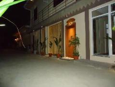 Irudheyma Gulhi Guest House | Maldives Budget Hotels