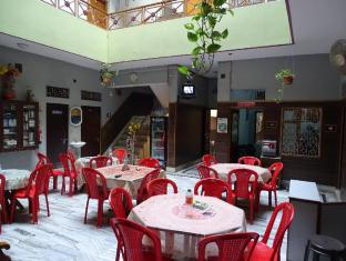 /teerth-guest-house/hotel/varanasi-in.html?asq=jGXBHFvRg5Z51Emf%2fbXG4w%3d%3d