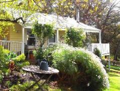 Le Cottage at Sandalwood House