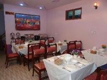 Yadanar Yoma Inn: restaurant