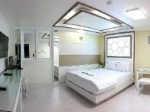 Goodstay Eco Hotel: guest room