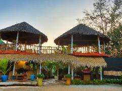 Mary Beach Bungalows Cambodia