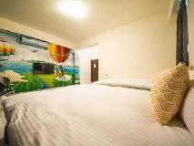 Sen-Huo Hostel: guest room