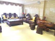 He Tian Hotel: interior