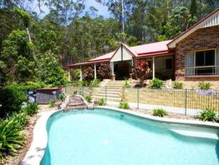 Currumbin Hideaway Holiday Home