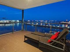 Darwin Waterfront Apartments | Australia Hotels Darwin