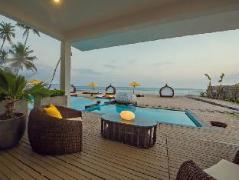 CASA Colombo Collection Mirissa   Sri Lanka Budget Hotels