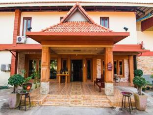 /pakkhat-grand-resort/hotel/bueng-kan-th.html?asq=jGXBHFvRg5Z51Emf%2fbXG4w%3d%3d