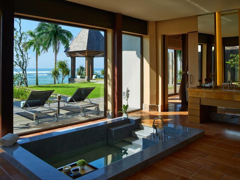 The Ritz-Carlton Bali8