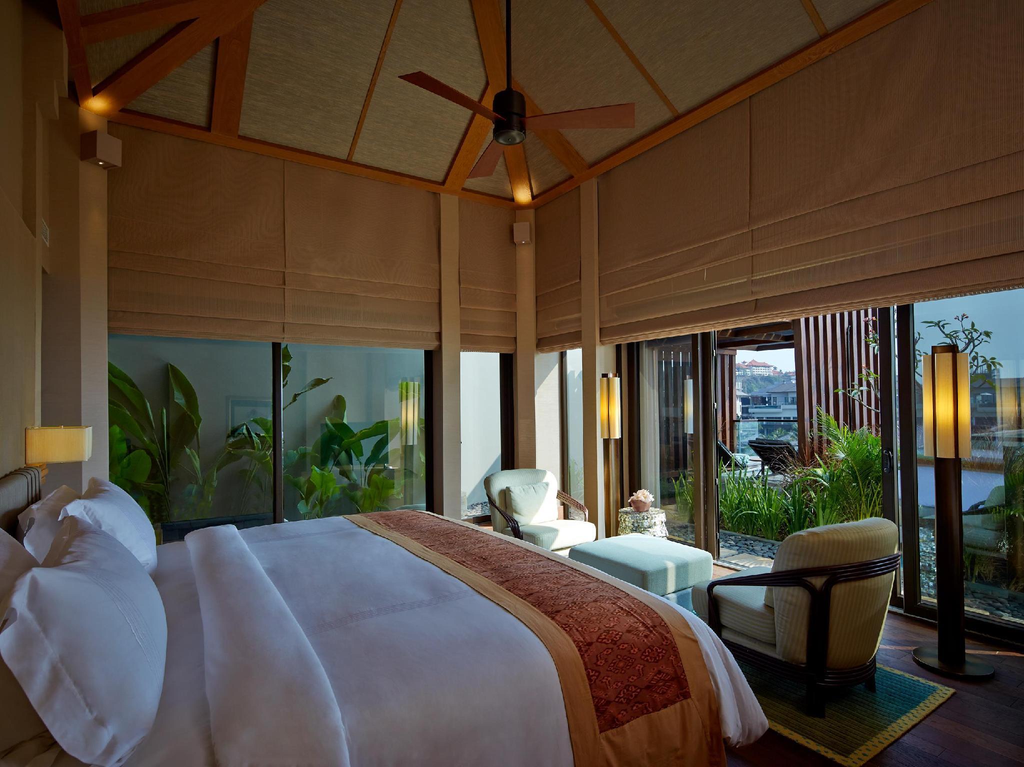 The Ritz-Carlton Bali35