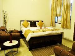 Hotel in India | OYO Rooms Noida City Centre