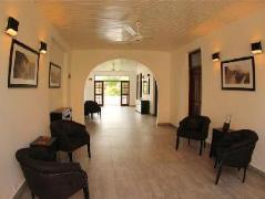 The Villa in Lavinia   Sri Lanka Budget Hotels